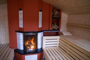 Kamin in der Sauna